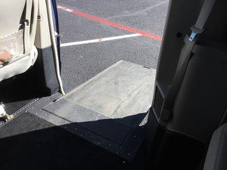 2011 Chrysler Town & Country Handicap Van Sulphur Springs, Texas 16