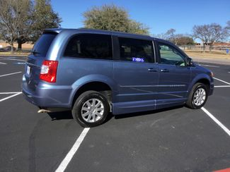 2011 Chrysler Town & Country Handicap Van Sulphur Springs, Texas 2