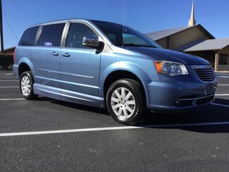 2011 Chrysler Town & Country Handicap Van Sulphur Springs, Texas 3