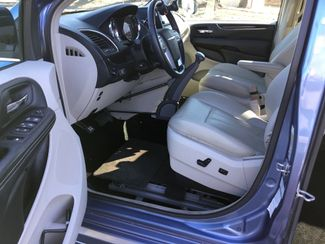 2011 Chrysler Town & Country Handicap Van Sulphur Springs, Texas 6