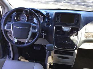 2011 Chrysler Town & Country Handicap Van Sulphur Springs, Texas 8