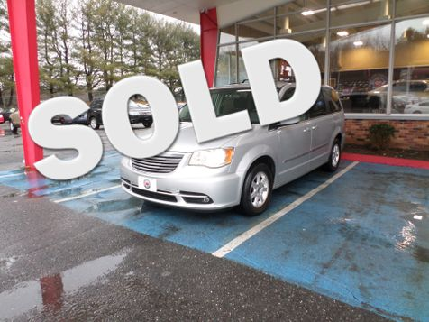 2011 Chrysler Town & Country Touring in WATERBURY, CT