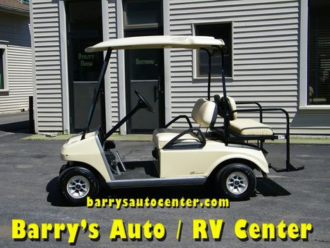 2011 Club Car Electric Golf Cart With Rear Seat  in Brockport