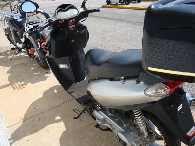 2011 Daix 150 scooter Daytona Beach, FL 3