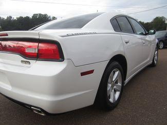 2011 Dodge Charger SE Batesville, Mississippi 13