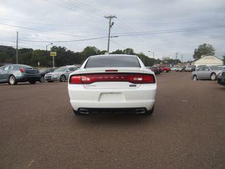 2011 Dodge Charger SE Batesville, Mississippi 5