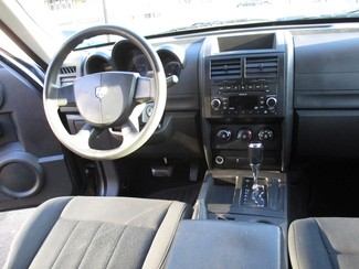 2011 Dodge Nitro Heat Milwaukee, Wisconsin 12