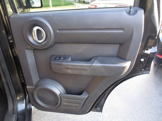2011 Dodge Nitro Heat Milwaukee, Wisconsin 16