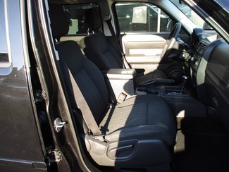 2011 Dodge Nitro Heat Milwaukee, Wisconsin 18