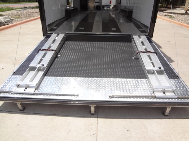 2011 Enclosed Car Carrier  VN Austin , Texas 10