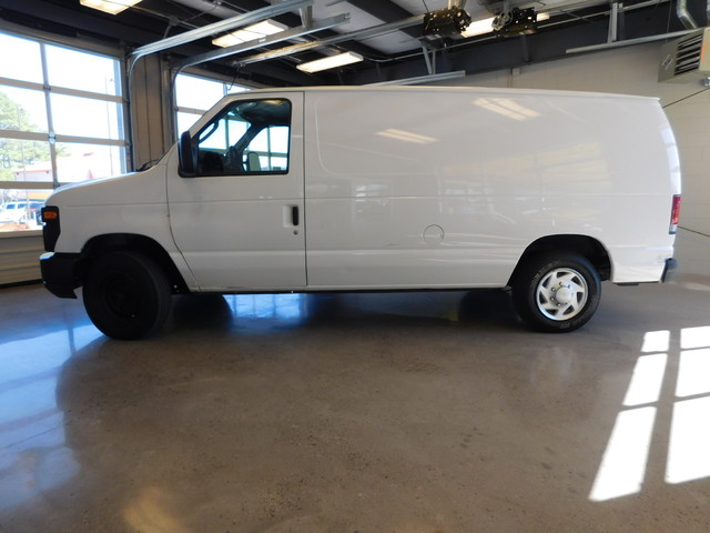 2011 Ford E-Series Cargo Van Commercial  city TN  Doug Justus Auto Center Inc  in Airport Motor Mile ( Metro Knoxville ), TN