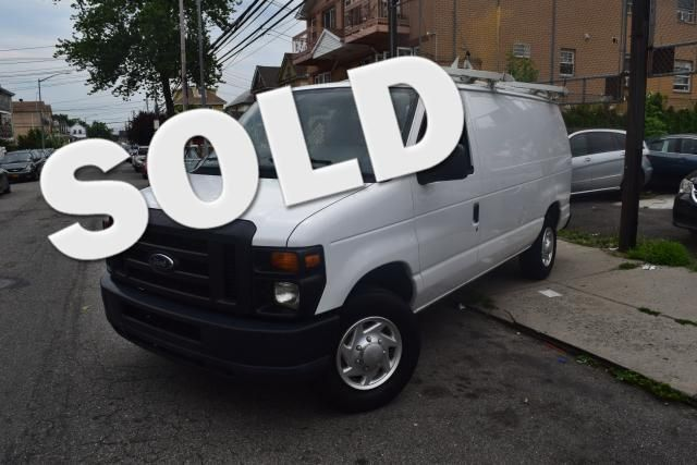 2011 Ford E-Series Cargo Van Commercial Richmond Hill, New York 0