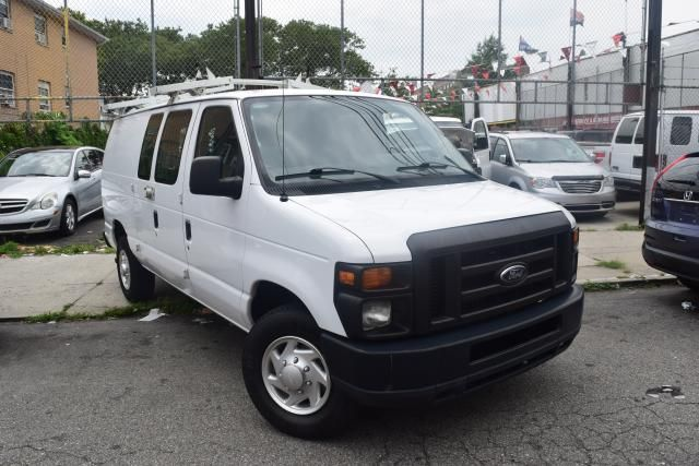 2011 Ford E-Series Cargo Van Commercial Richmond Hill, New York 1