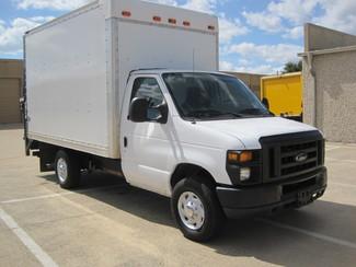 2011 Ford E350 SRW Box van 1 Owner, Lift Gate, Low Miles Plano, Texas