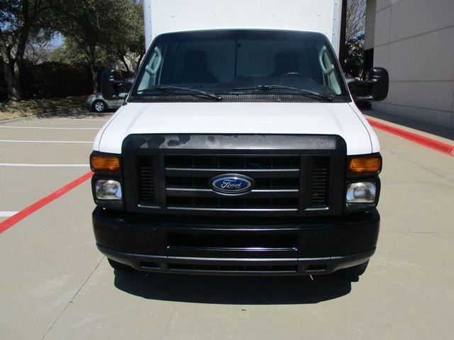 2011 Ford E-Series Cutaway Box Van w/Lift Plano, Texas 5