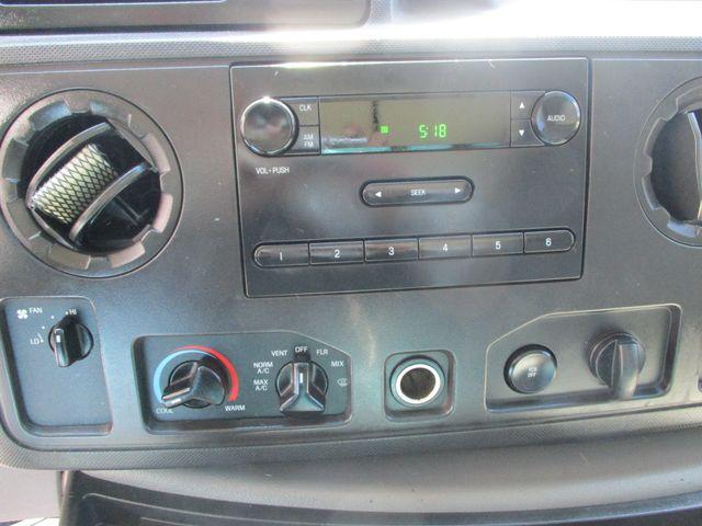 2011 Ford E-Series Cutaway Box Van w/Lift Plano, Texas 26