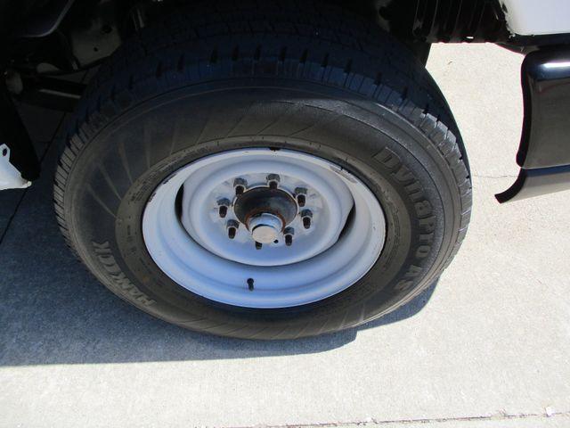 2011 Ford E-Series Cutaway Box Van w/Lift Plano, Texas 33