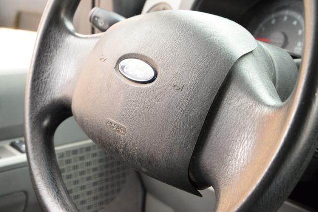 2011 Ford E-Series Cutaway E450 San Antonio , Texas 16