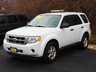 2011 Ford Escape XLS | Champaign, Illinois | The Auto Mall of Champaign in  Illinois