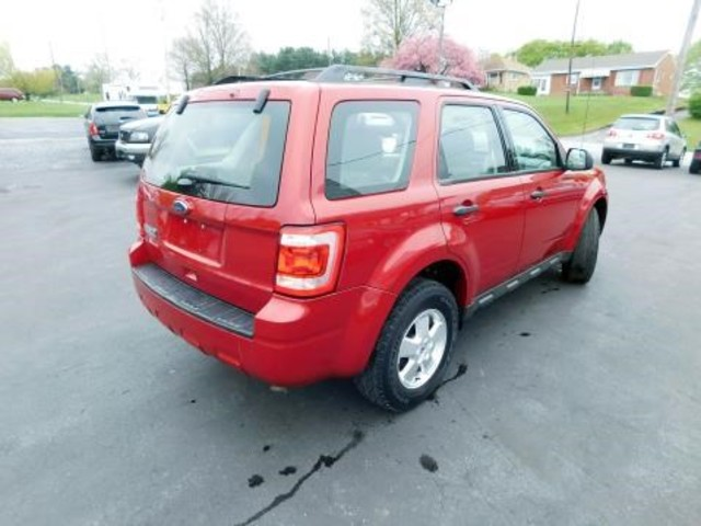 2011 Ford Escape XLS Ephrata, PA 3