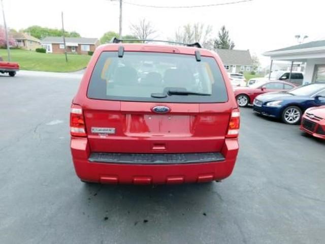 2011 Ford Escape XLS Ephrata, PA 4