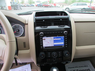 2011 Ford Escape Limited Fremont, Ohio 7