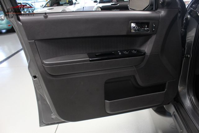2011 Ford Escape Limited Merrillville, Indiana 23