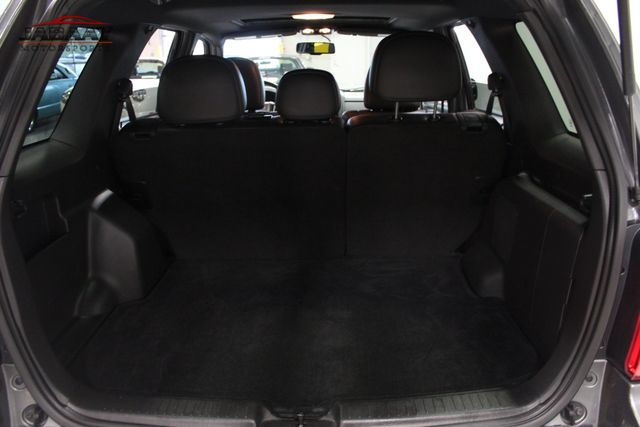 2011 Ford Escape Limited Merrillville, Indiana 22