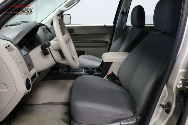 2011 Ford Escape XLS Merrillville, Indiana 10