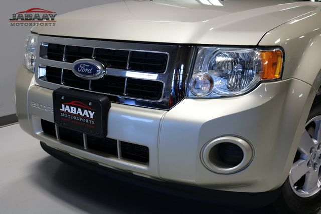 2011 Ford Escape XLS Merrillville, Indiana 27