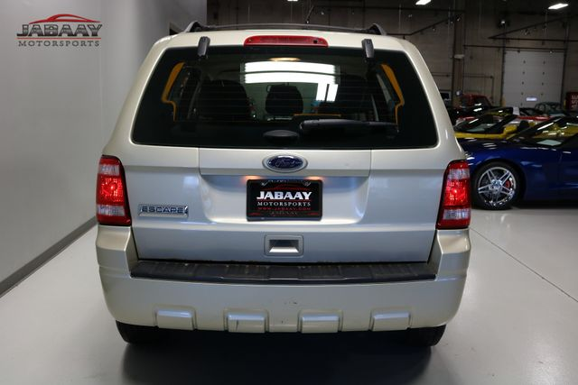 2011 Ford Escape XLS Merrillville, Indiana 3