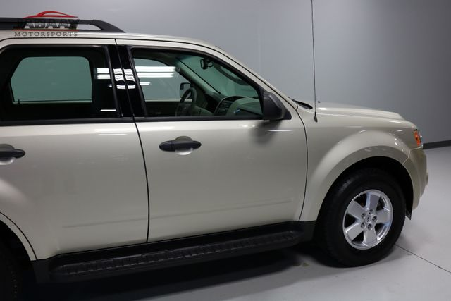 2011 Ford Escape XLS Merrillville, Indiana 36