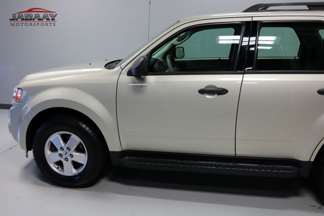 2011 Ford Escape XLS Merrillville, Indiana 29