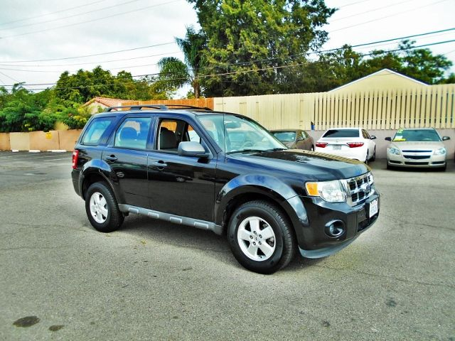 2011 Ford Escape XLS Limited warranty included to assure your worry-free purchase AutoCheck repor