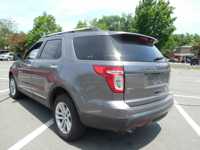 2011 Ford Explorer LIMITED Leesburg, Virginia 6