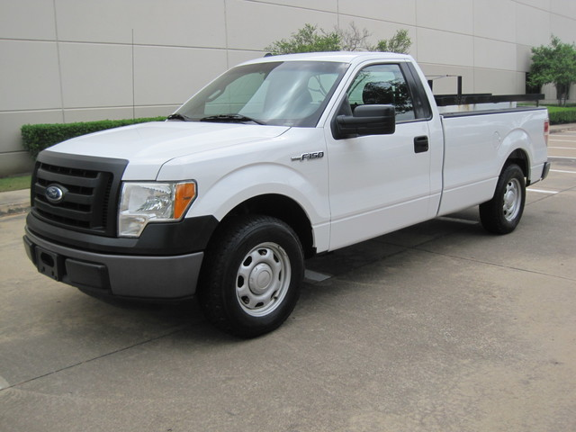 2011 Ford F150 Reg Cab XL LWB, 1 Owner, Well Maintained, Low Miles Plano, Texas 4