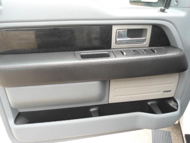2011 Ford F-150 Platinum Crew Cab Plano, Texas 11