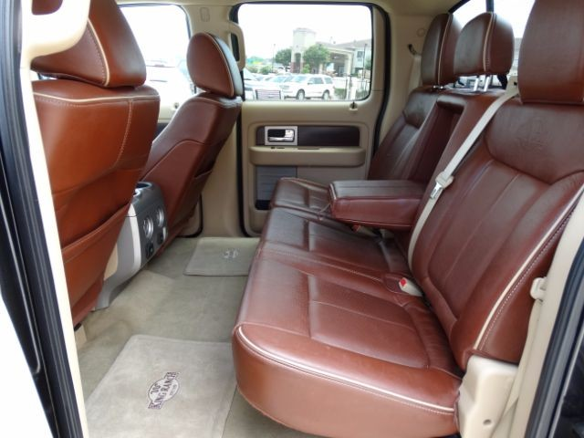 2011 Ford F-150 King-Ranch SuperCrew 5.5-ft. Bed 2WD San Antonio , Texas 15