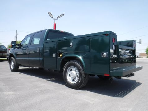 2011 Ford F250 Crew Cab 2wd with New 8' Knapheide Utility Bed in Ephrata, PA