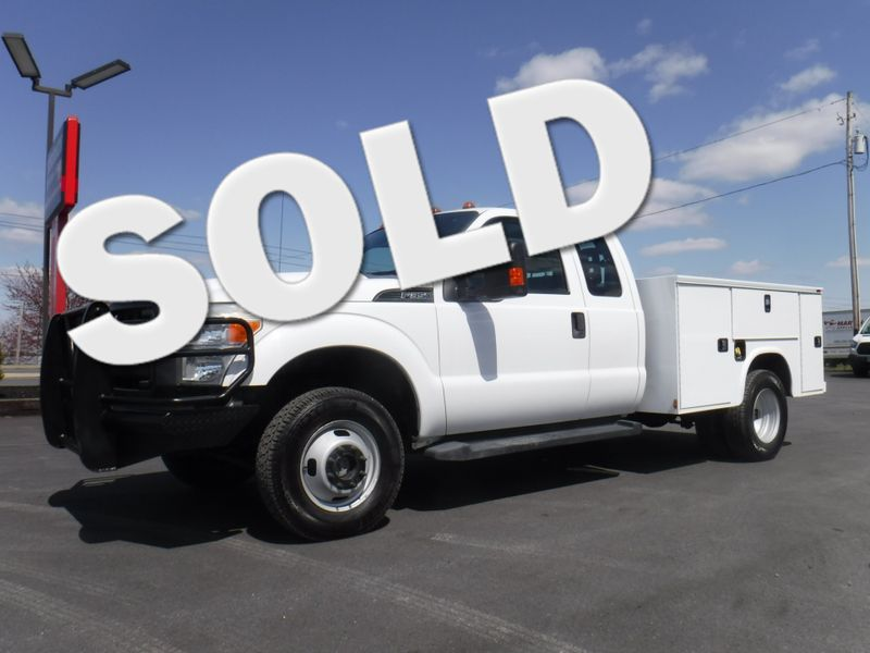 2011 Ford F350 Extended Cab 4×4 with New 8' Knapheide Utility Bed in Ephrata PA
