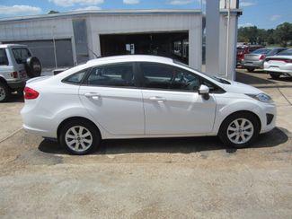 2011 Ford Fiesta SE Houston, Mississippi 3