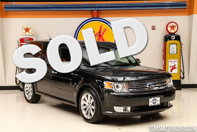 2011 Ford Flex Limited This 2011 Ford Flex Limited is in great shape with only 117 227 miles The