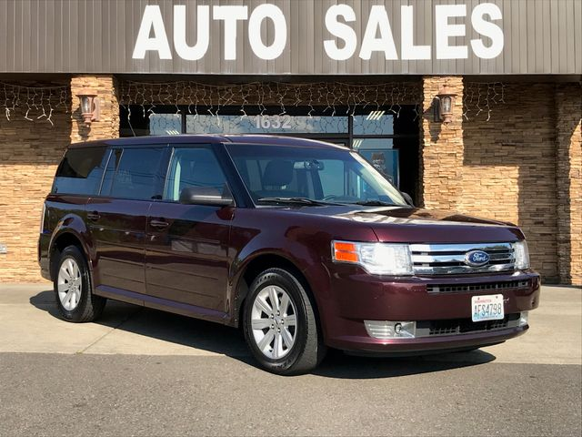 2011 Ford Flex SE This vehicle is a CarFax certified one-owner used car Pre-owned vehicles can be