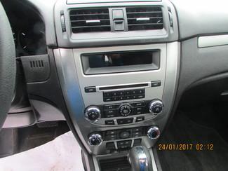 2011 Ford Fusion SE Fremont, Ohio 10