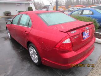 2011 Ford Fusion SE Fremont, Ohio 2