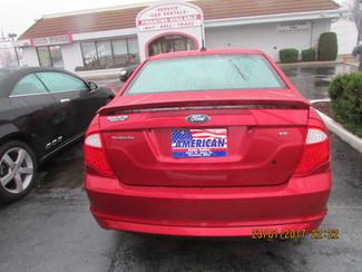2011 Ford Fusion SE Fremont, Ohio 3