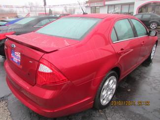 2011 Ford Fusion SE Fremont, Ohio 4