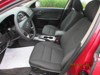 2011 Ford Fusion SE Fremont, Ohio 8
