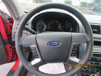 2011 Ford Fusion SE Fremont, Ohio 9