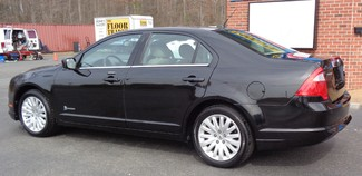 2011 Ford Fusion HYBRID 41 MPG AT LOW MILES 1 OWENER EXC CONDITION Richmond, Virginia 8